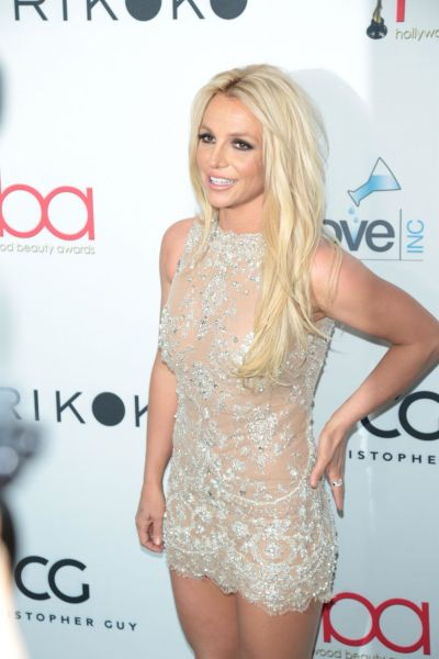 Britney Spears – 2018 Hollywood Beauty Awards in LA