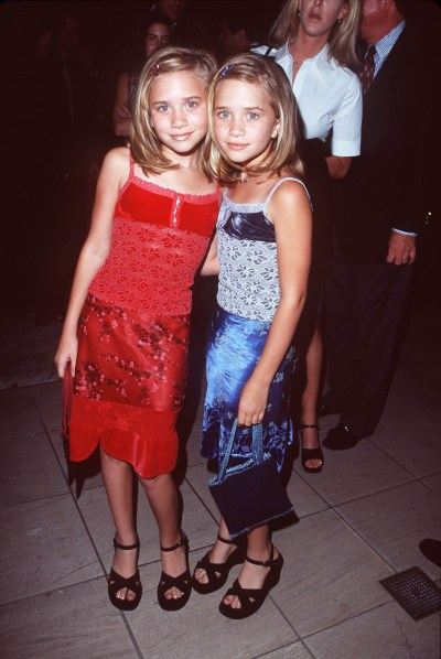 Mary-Kate and Ashley Olsen Photos – Style Evolution of The Olsen Twins