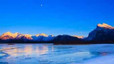 Vermilion Lakes 03 | 5K | Wallpaper | Crown Land Productions