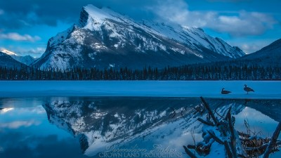 Vermilion Lakes 04 | 5K | Wallpapers | Crown Land Productions