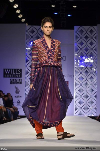 Wills Lifestyle India Fashion Week 2012   Current news updates