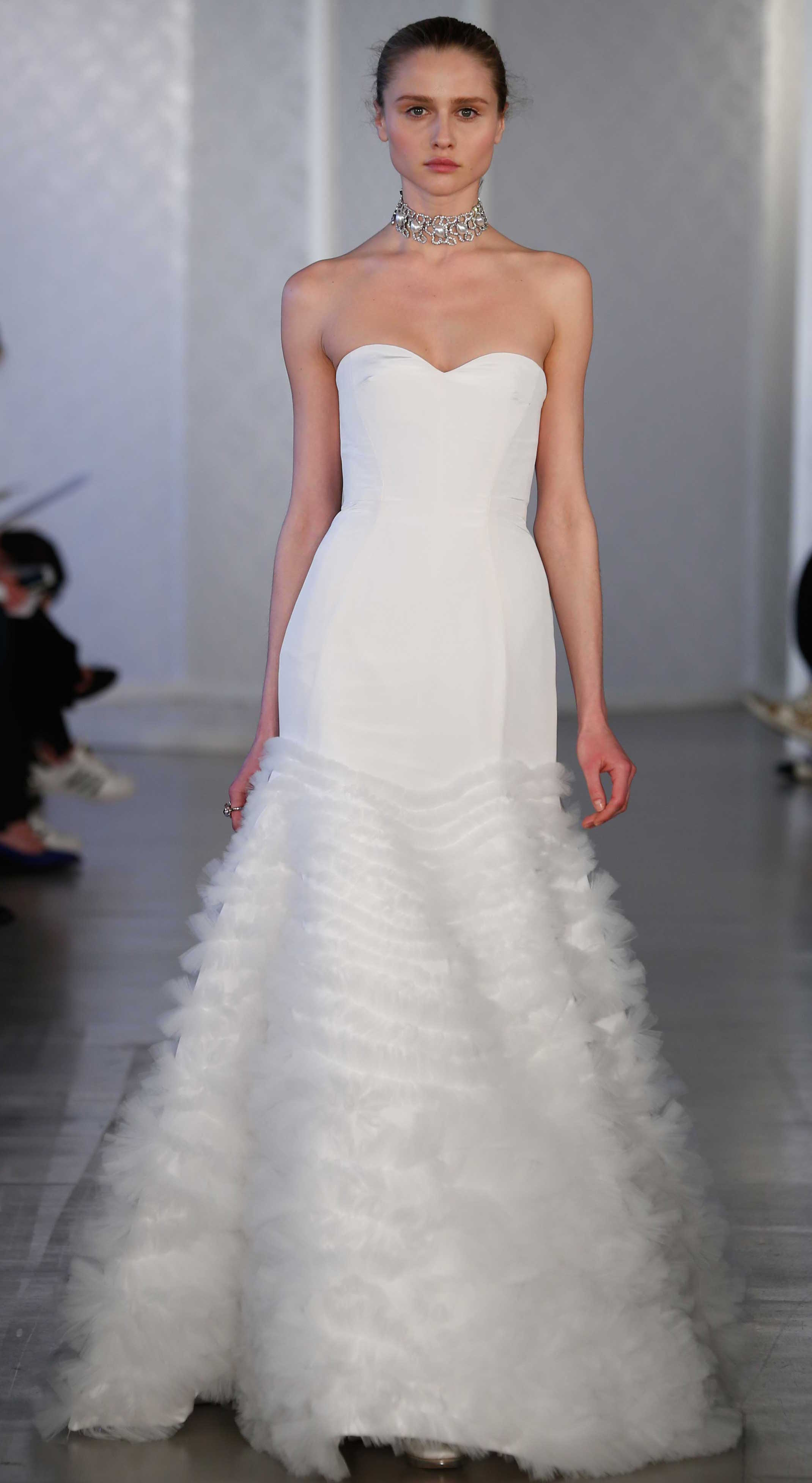 borrow wedding dress Photo courtesy of Oscar de la Renta