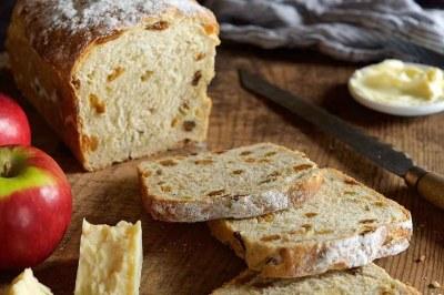 Fruited Sourdough Sandwich Bread Recipe | King Arthur Flour