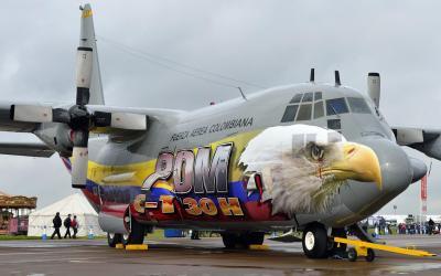 C-130 Hercules Eagle HD desktop wallpaper : Widescreen : High Definition : Fullscreen