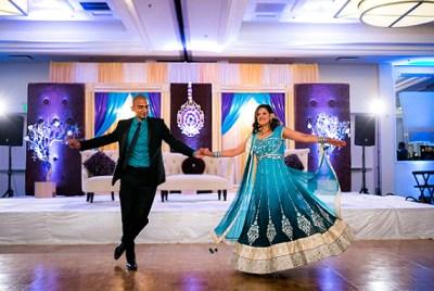 7 Unique Wedding Reception Entrance Ideas For Newlyweds