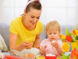 13-1436790225-baby-eating-nonveg