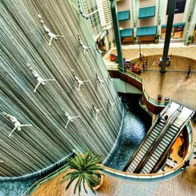 Modern Dubai and Burj Khalifa Guided Tour