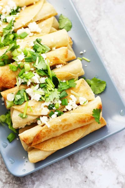 Easy Traditional Chicken Flautas Recipe