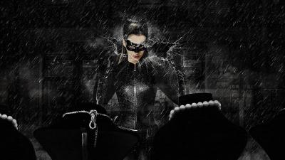 9 Sizzling Anne Hathaway Catwoman Wallpapers