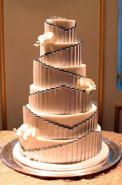 12 Amazing Wedding Cake Designs | Woman Getting Married