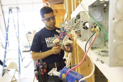 Electrician Apprenticeship in Paterson NJ | Eastwick College