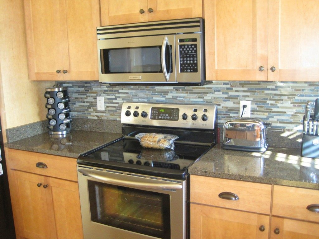 diy kitchen backsplash installing kitchen backsplash diy kitchen backsplash 8