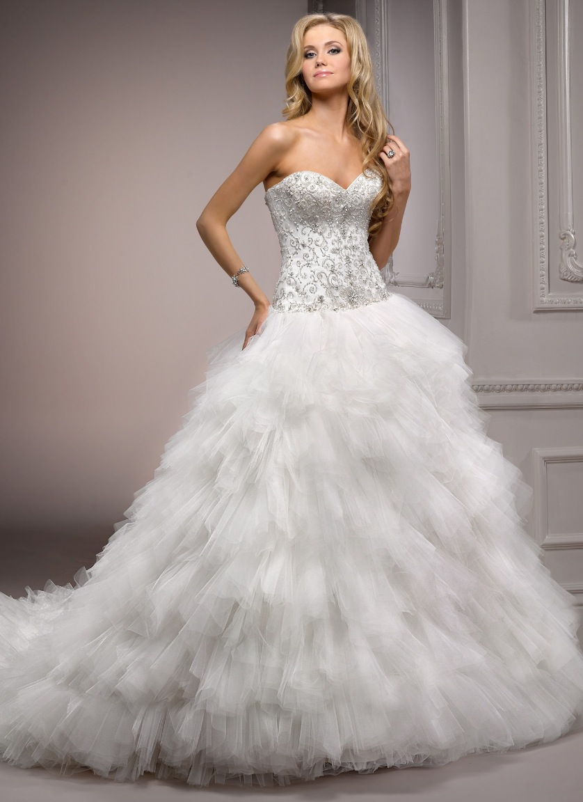 comment page 1 feathered wedding dress Swan feather wedding dress