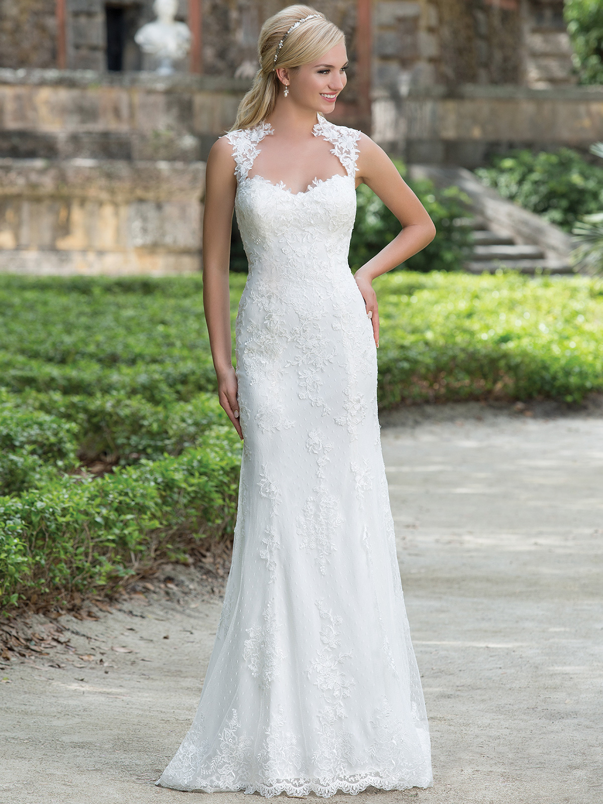latest collection of straight wedding dresses straight wedding dresses Straight wedding dresses