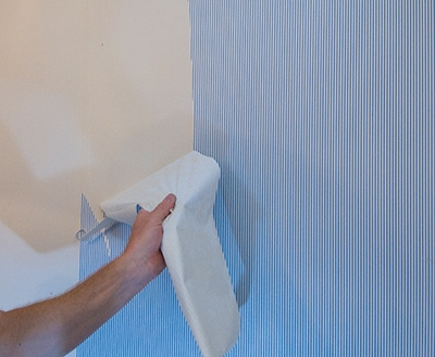Skim Coating a Wall to Prep for Painting - Extreme How To