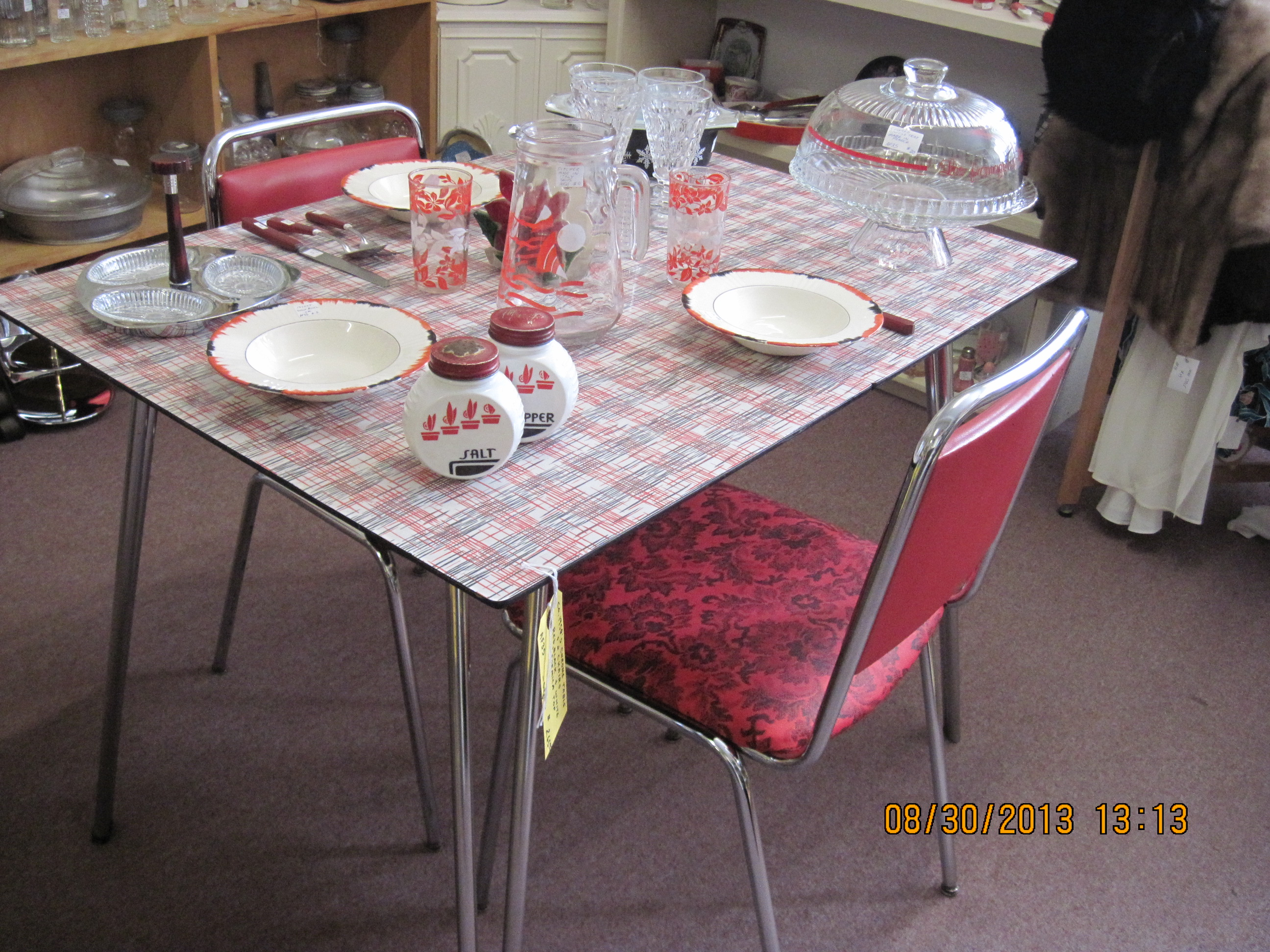 retro dining sets s kitchen table This is a really nice smaller sized formica topped chrome table ca s It has a unique plaid patterned top and bevelled wood sides