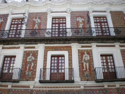 Casa de los Muñecos (18th century) (Puebla, Mexico) | Flickr - Photo Sharing!