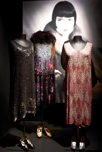 The Roaring Twenties Fashions: A 5-Minute Guide – 5-Minute ...