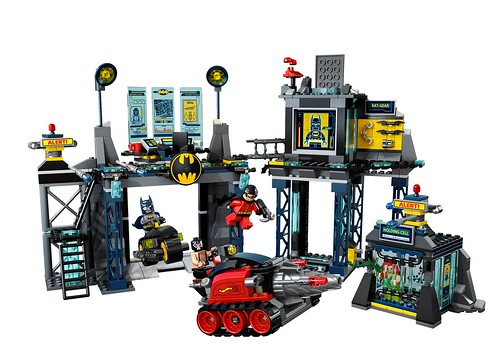 2012  The Year The LEGO Group Empty s My Bank Account     6860 The Batcave High Res