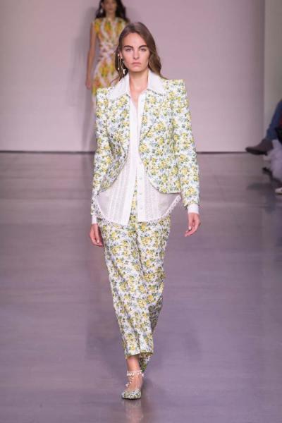 Zimmermann: Feminine Dresses New York Fashion Week - FIV ...