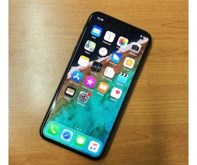 iPhone X - Post your iPhoneX/XS lockscreen & homescreen | MacRumors Forums