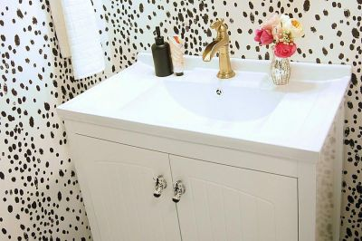 17 Simple Ways to Beautify a Small Bathroom Without Remodeling