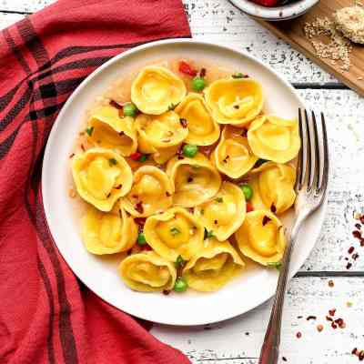 Vegan Cheese & Basil Tortellini - Full of Plants