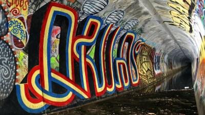 Cool Graffiti Wallpaper (57+ images)