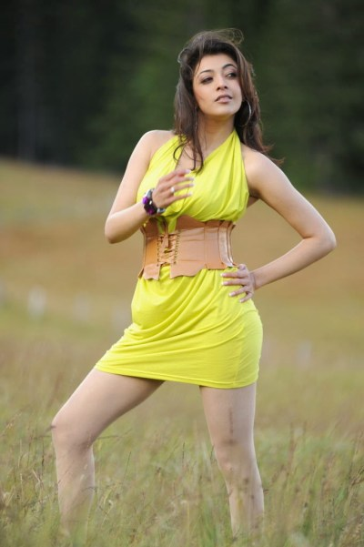 Kajal Agarwal Hot Wallpaper in Bikini | HD Wallpaper Desktop