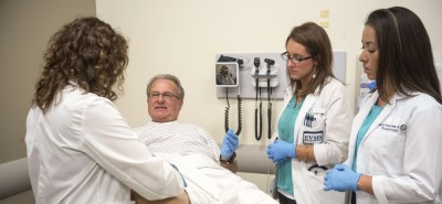 Teaching associates use their bodies to guide med students - HT Health