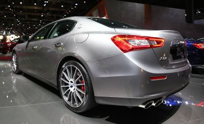 2017 Maserati Ghibli Official Photos and Info | News | Car ...
