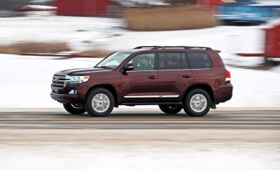 2018 Toyota Land Cruiser Test | Review | Car and Driver