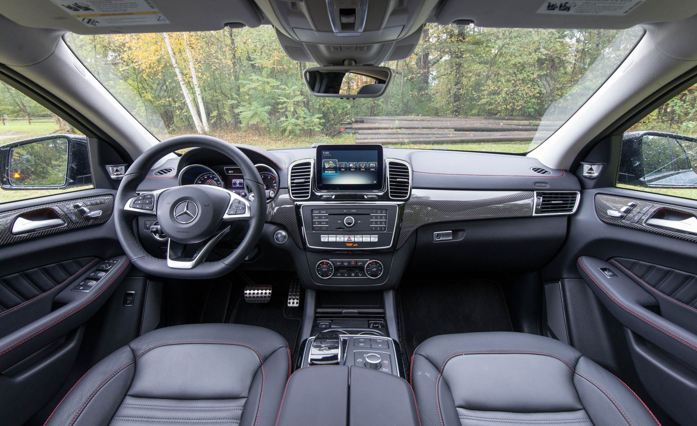 2018 Mercedes-AMG GLE43 / GLE43 Coupe Review – Interior and Passenger Space