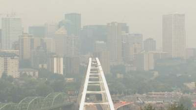Air quality wavers in Edmonton area as B.C. fires rage on - Edmonton - CBC News
