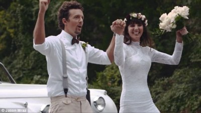 Jason Mraz shares footage from his romantic wedding in new ...