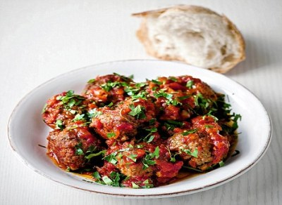 Gordon Ramsay's recipes: Meatballs in tomato sauce | Daily Mail Online