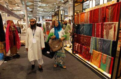 Pakistani lifestyle exhibition in India - Pakistan - DAWN.COM