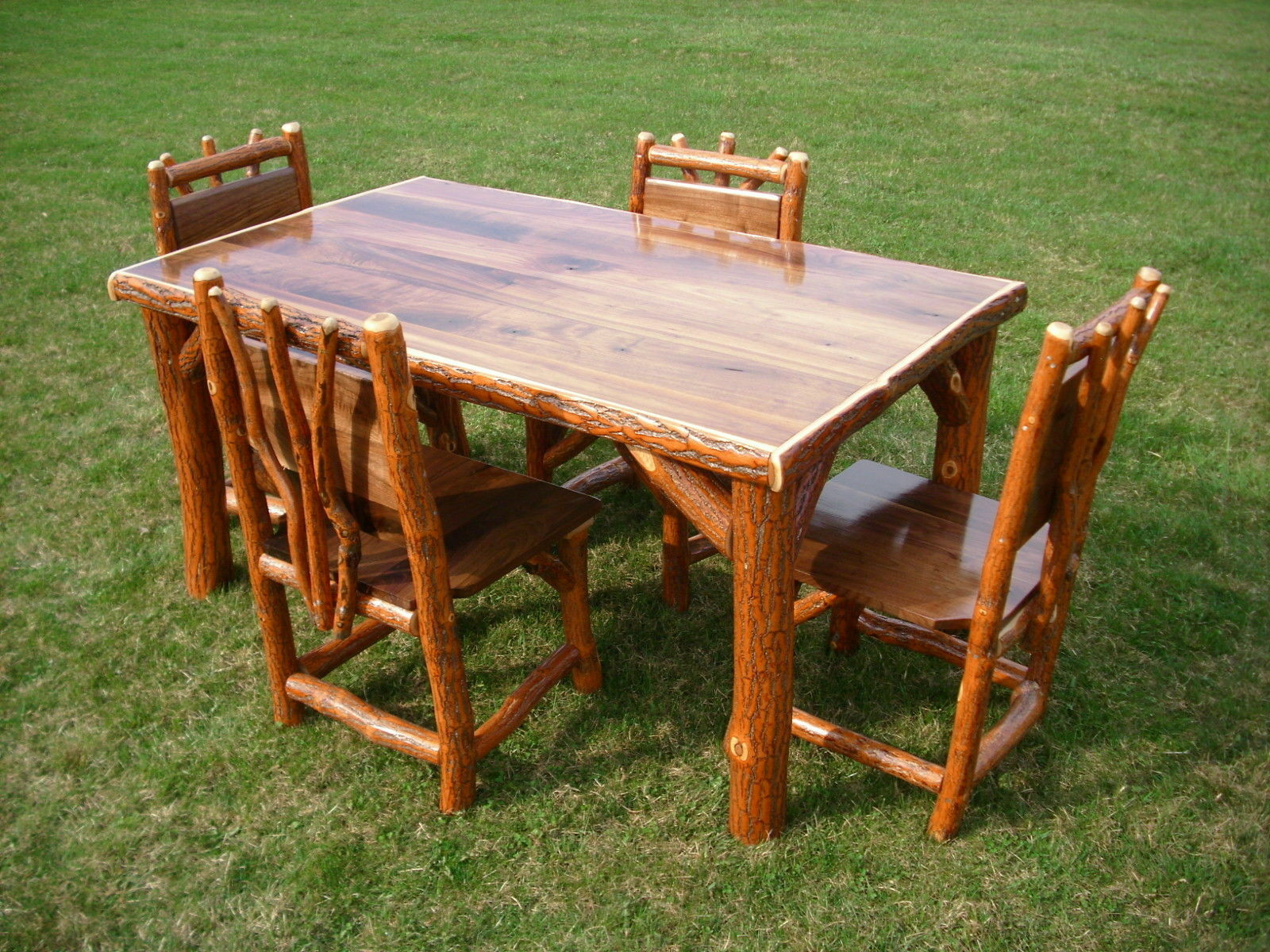 bn rustic kitchen tables How to Build a Rustic Kitchen Table