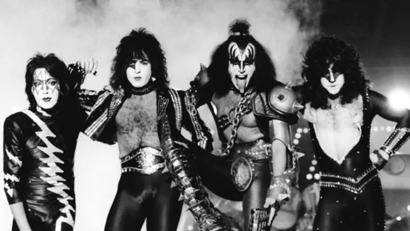 On The Wings Of Pretension Case File  5  Kiss  Music From    The Elder    By the late  70s  the warriors of Kiss had everything  The band didn t just  play cities  it conquered them  It didn t entertain crowds  it slaughtered  them