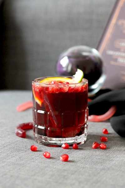 11 DIY Bloody Drinks And Food Recipes For Halloween - Shelterness