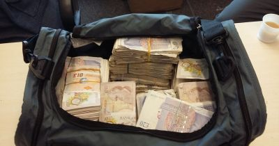 Almost £1 MILLION in cash found in London black cab in biggest criminal cash seizure of the year ...