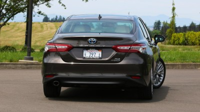 2018 Toyota Camry Hybrid Review: More Efficient, More Useful
