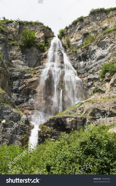 Beautiful Stewart Falls Located In The Mountains Near Mt. Timpanogos In Northern Utah Stock ...