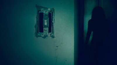 Lights Out (2016) HD Wallpaper | Background Image | 1920x1080 | ID:806690 - Wallpaper Abyss