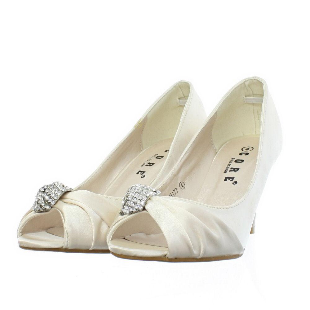 kitten heel wedding shoes Ivory Wedding Shoes Kitten Heel
