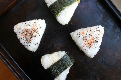 Onigiri 101: How to Make Japanese Rice Balls - DIY Lunch Recipes