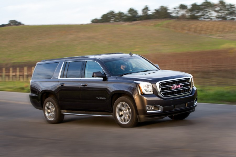 GMC Yukon vs  Lincoln Navigator  Compare Cars
