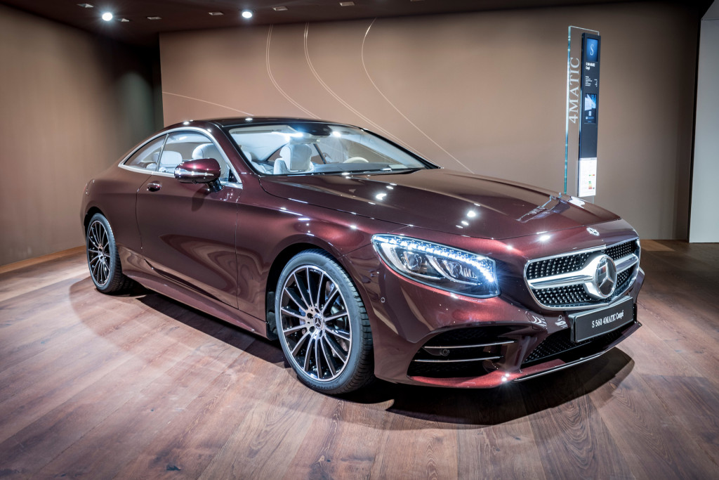 Press button  get car  Mercedes Benz dabbles in car subscription