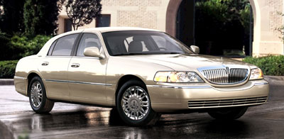 2007 Lincoln Town Car Review
