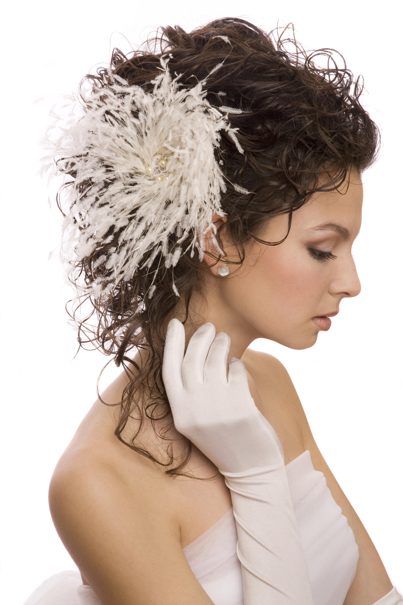 10 cute and stylish wedding hair accessories hair pieces for wedding Alternatives to Wedding Veils 10 Cute and Stylish Wedding Hair Accessories Shape Magazine